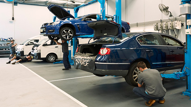 All You Need To Know About Different Types of Car Servicing